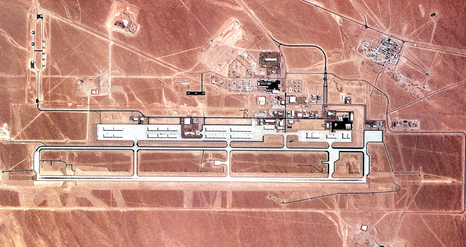 F-16C - Tonopah test range airport area 51